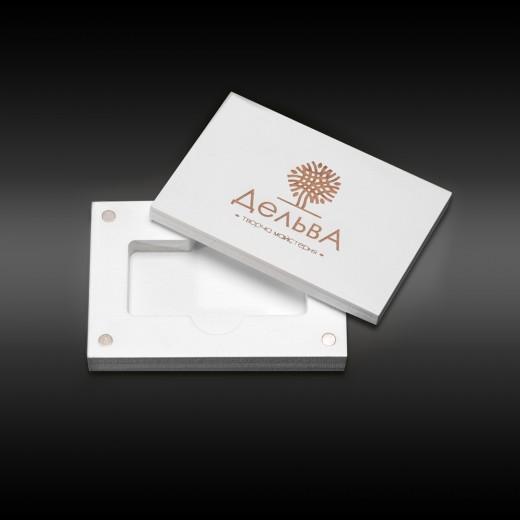 коробка для флеш-пам'яті модель 3 білий